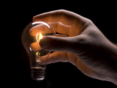 Light-Bulb-Idea-Hand
